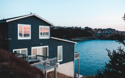 Should You Buy A Waterfront Home?